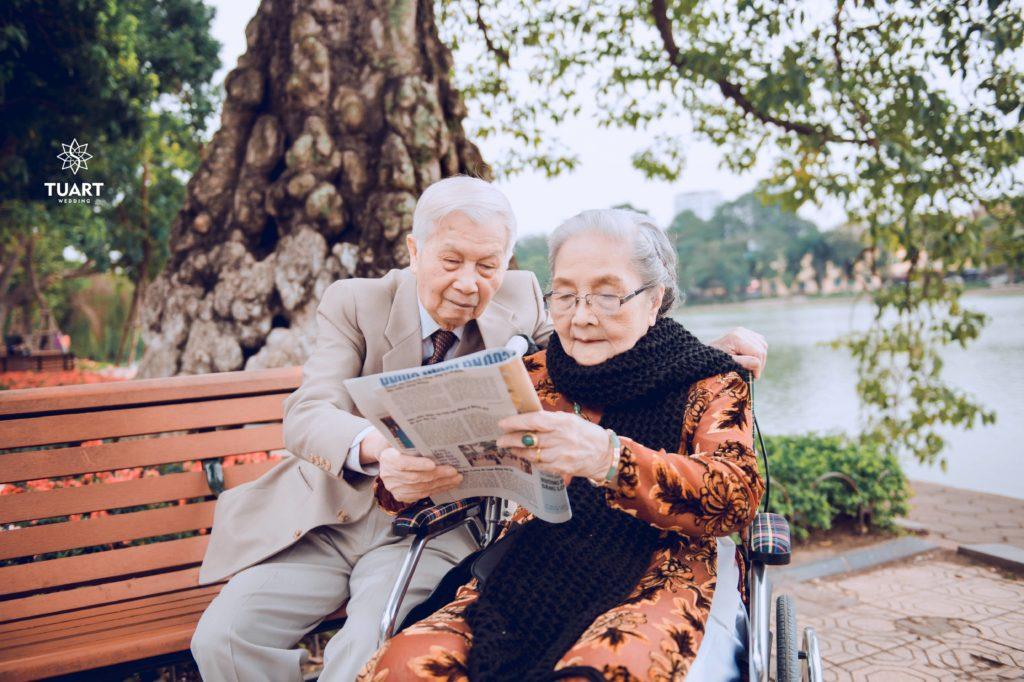 """Album """"Ông Bà Anh"""" 2 cụ 90 tuổi"""