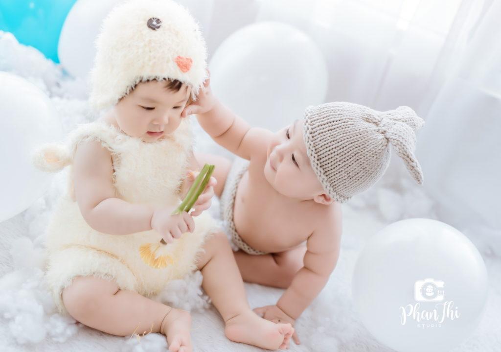 Album bé Su Hào và bé Min