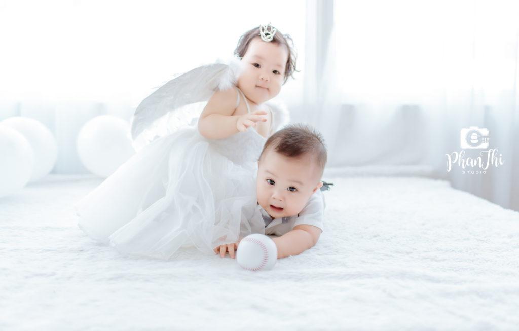 Chụp ảnh cho bé khi bé tròn 1 năm tuổi