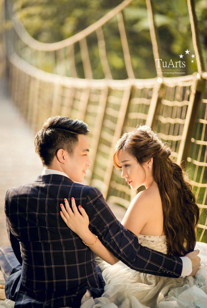 Tạo dáng chụp ảnh cưới lãng mạn và mới lạ tại TuArts Nguyen 6