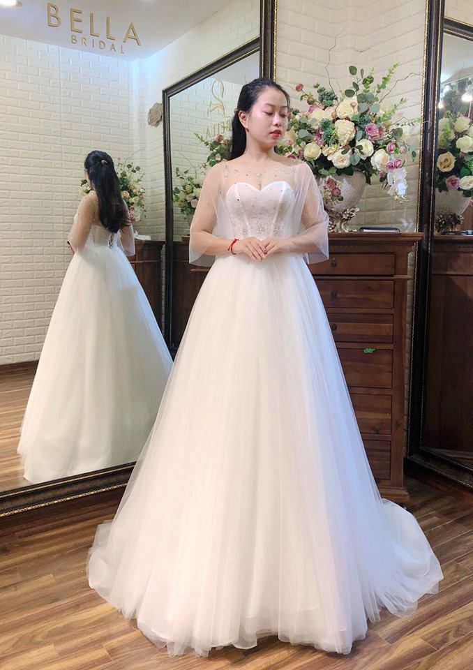 chọn váy cưới đẹp