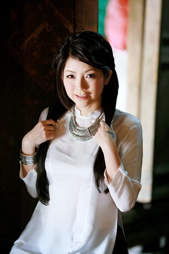 Nữ doanh nhân xinh đẹp 1