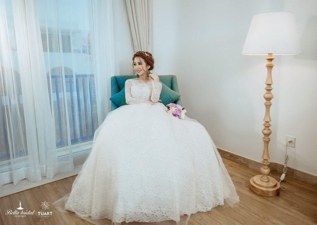Lựa chọn áo cưới đẹp phù hợp cho cô dâu 1
