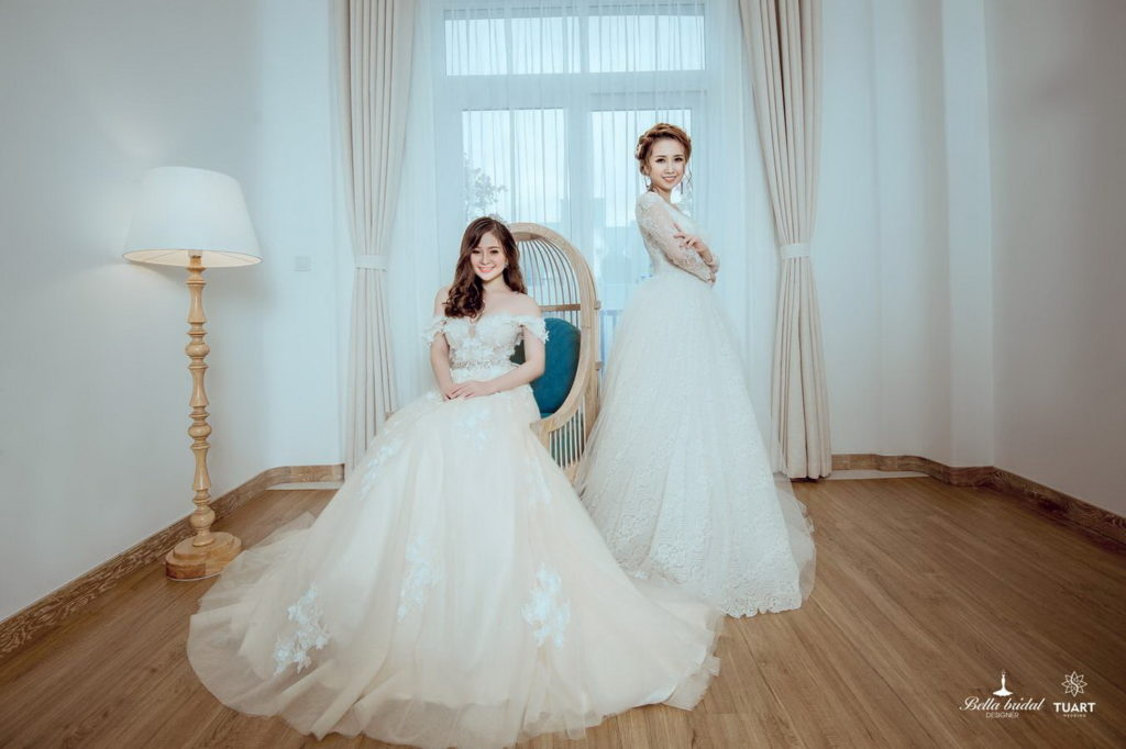 Lựa chọn áo cưới đẹp phù hợp cho cô dâu