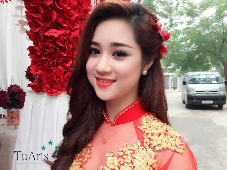 trang điểm cô dâu xinh nhất