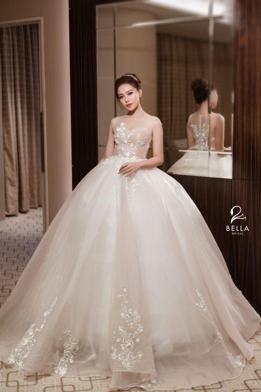 thuê váy cưới ở đâu đẹp