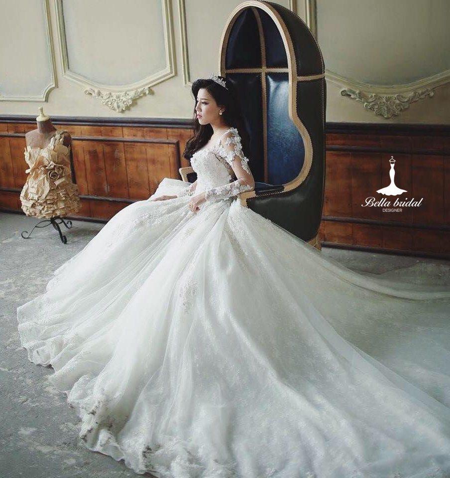 Cách chọn váy cưới đẹp cho cô dâu vóc dáng nhỏ bé 2