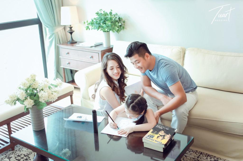 Album ảnh gia đình đẹp – Diễn viên: Hải Anh