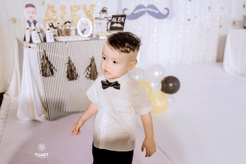 Album ảnh sinh nhật bé Alex - 2 tuổi 9 chụp ảnh cho bé tạo nhà
