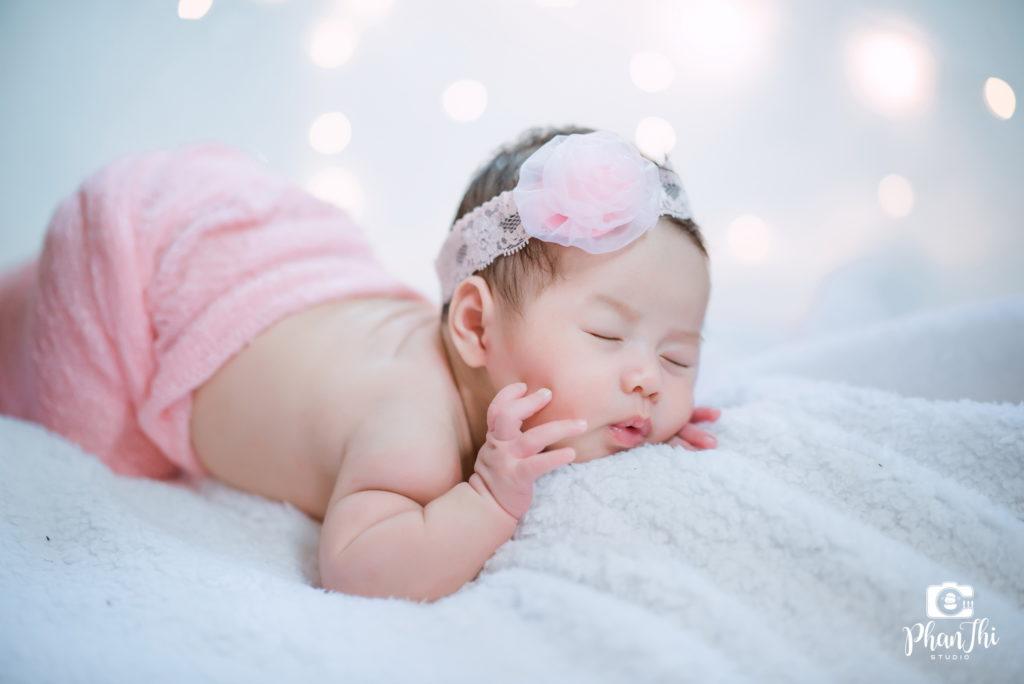 Chụp ảnh cho bé sơ sinh – Xu hướng được các cha mẹ quan tâm