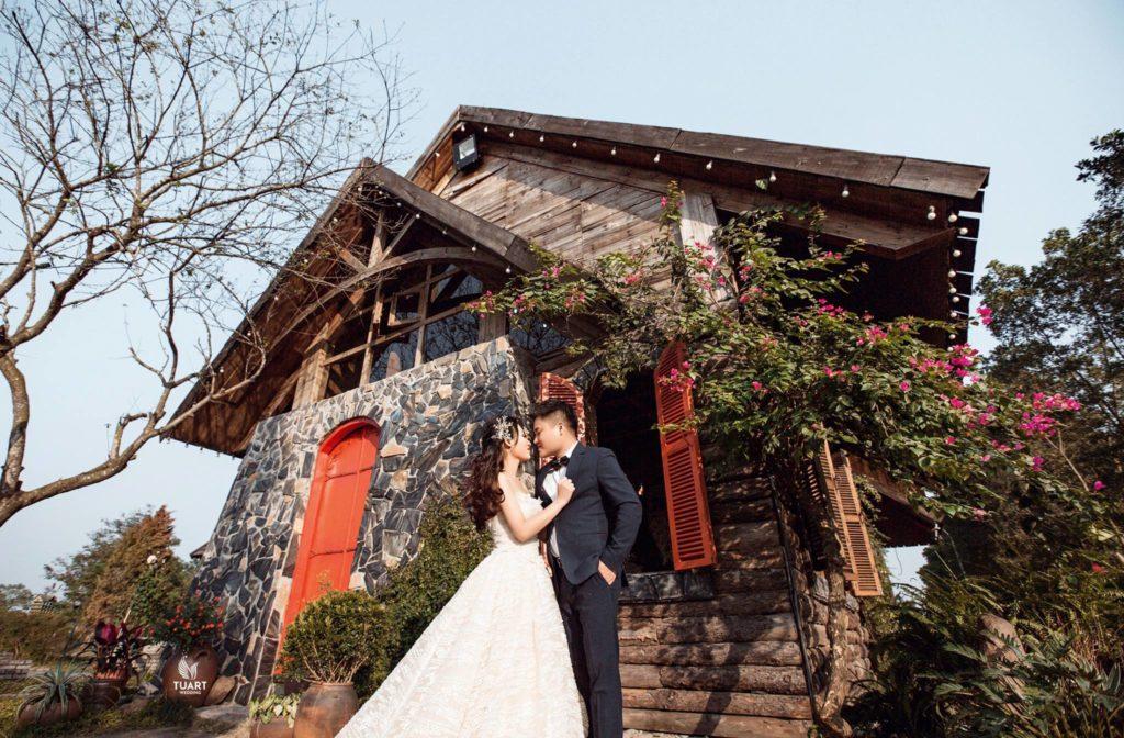 Chụp ảnh cưới đẹp - Phim trường Smiley villle : Minh Hải - Văn Hương