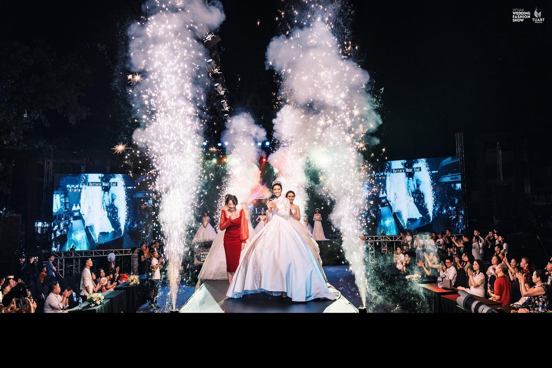 "BST váy cưới ""Hidden Charm"" 2018"