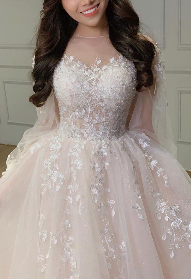 thuê áo cưới đẹp sài gòn