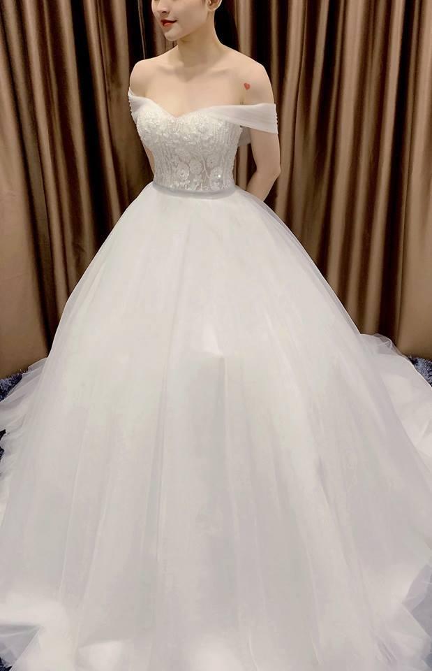 thuê váy cưới đẹp hồ chi minh